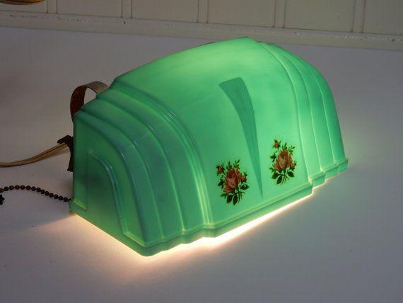 VINTAGE ART DECO Bed Lamp Light Shade Jadite