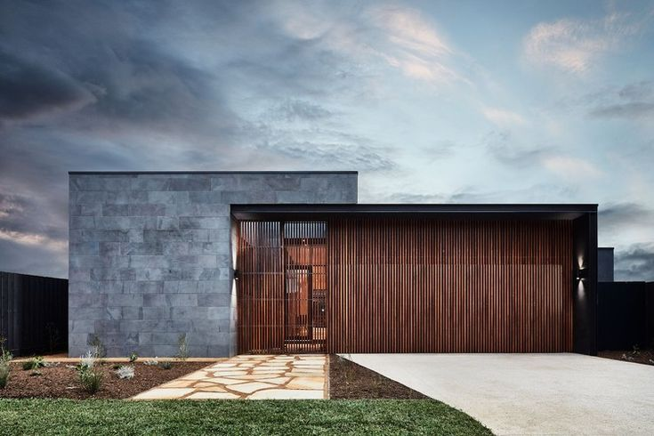 The Courtyard House / Auhaus Architecture, © Mike Baker