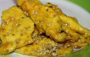 Pollo speziato ai semi di sesamo, ricetta light - Il pollo speziato ai semi di sesamo è una ricetta buona e salutare. I semi di sesamo e la curcuma sono ingredienti ricchi di proprietà benefiche.