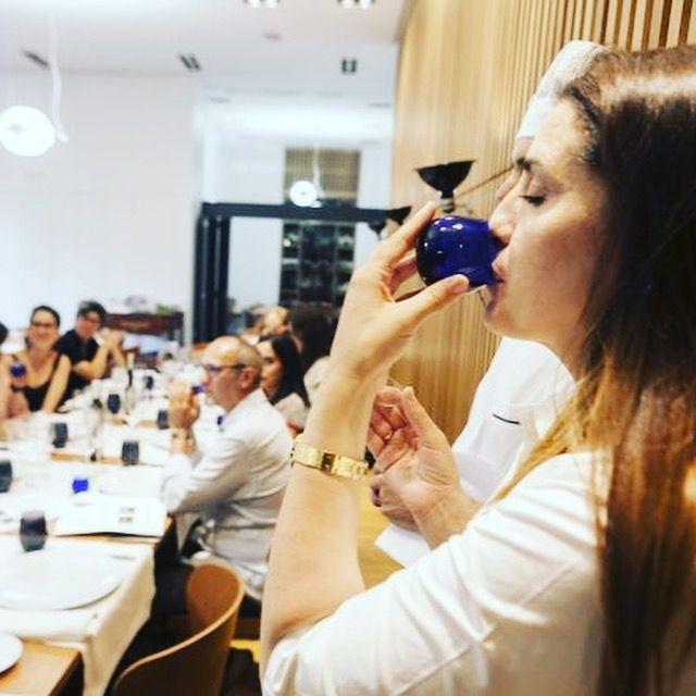 En el #periodico HOY.es en contraportada, en el día de #hoy!! #Gacias Alonso De La Torre por saber apreciar la calidad de nuestro aove Oleosetin Aceite de Oliva Virgen Extra - Extremadura - y el trabajo y esfuerzo que hay detrás. #caceres #Extremadura #manzanillacacereña de #SierradeGata y #TierrasdeGranadilla http://www.hoy.es/extremadura/aceite-caro-20170624002646-ntvo.html#ns_campaign=rrss-hoy&ns_mchannel=hoy-es&ns_source=fb&ns_linkname=hoy.es_9