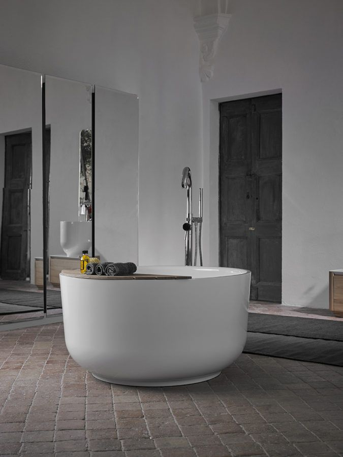 Origin forms strong bonds with eastern culture, which is reflected in its use, its proportions and its designer: Seung-Yong Song …its origin… #bathroom #design #furniture #bathtub #interiordesign #home #decor #inspiration #contemporary