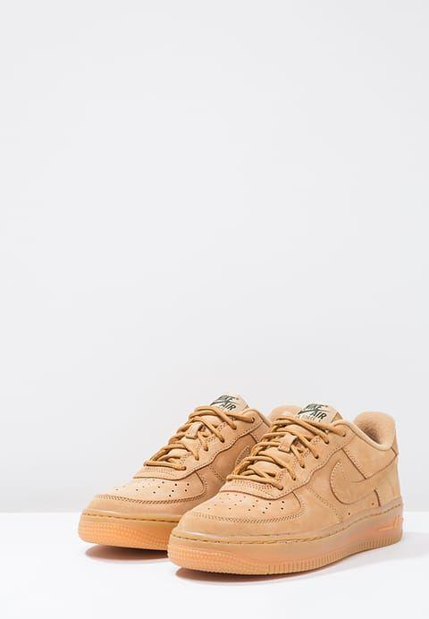 Chaussures Nike Sportswear AIR FORCE 1 LV8 - Baskets basses - flax/outdoor green chameau: 85,00 € chez Zalando (au 07/12/16). Livraison et retours gratuits et service client gratuit au 0800 915 207.