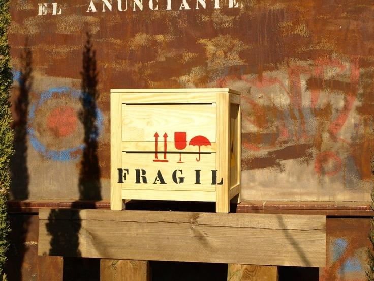 Fragil Pop Art http://www.facebook.com/pages/Pop-Art/336890179677678?ref=tn_tnmn