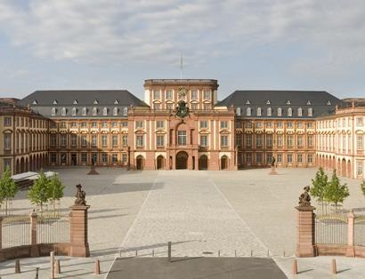 Ziel der diesjährigen #Frühlingsreise: Barockschloss #Mannheim