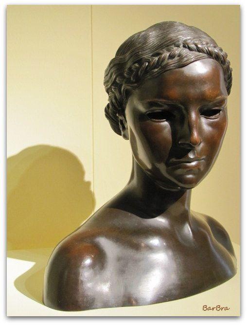 Ettore Colla, busto di giovinetta http://zibalbar-foto.overblog.com/2013/11/ettore-colla.html