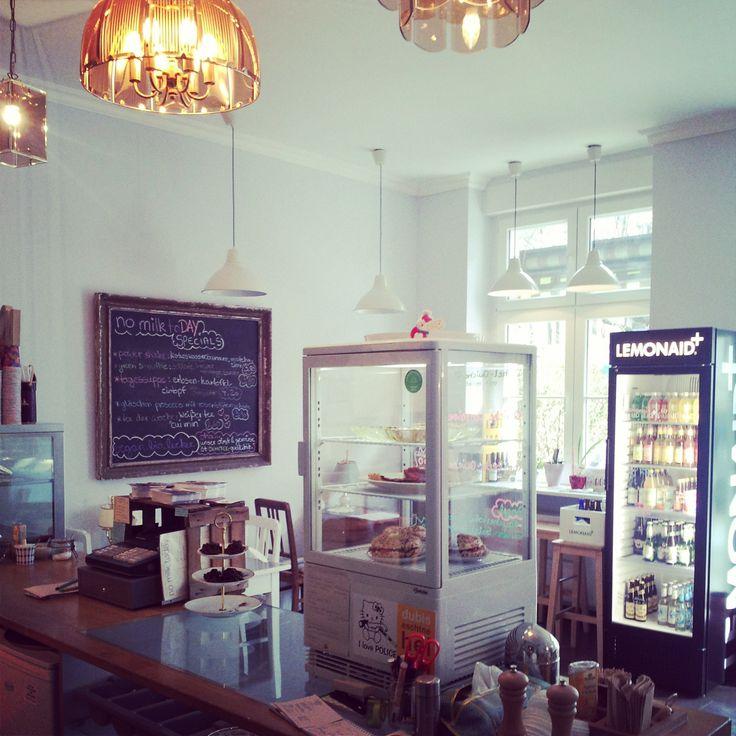 No milk today | Café, open daily from 09:00 - 21:00, Fichtestr. 3, U Suedstern / Schoenleinstr. #vegan #Berlin