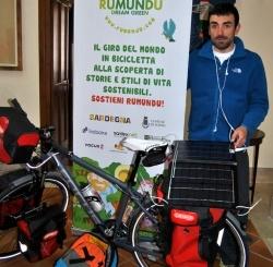 #Rumundu, giro del mondo in bici Parte da Sorso l'avventura di Stefano Cucca: il racconto sul web in tempo reale