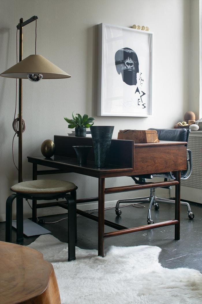 18 Dreamy Room Design Ideas For Spring Desk With Shelves