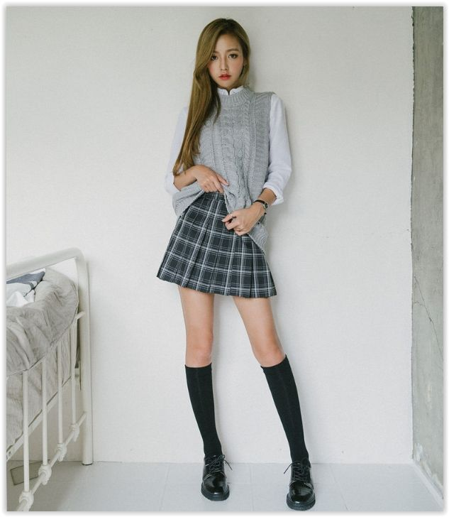 10world Pleated Plaid Mini Skirt Yesstyle I Korean