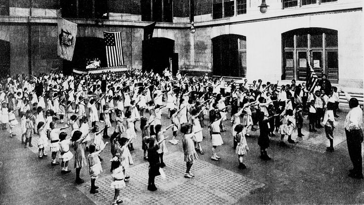 Bellamy salute 1915 - Bellamy salute - Wikipedia, the free encyclopedia