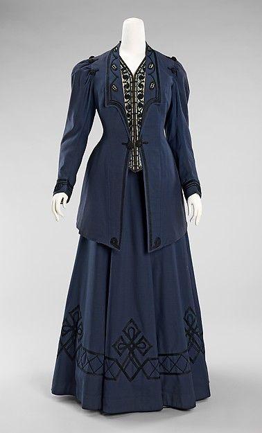 Walking suit; Kontoff; American; 1905-1910; wool, silk