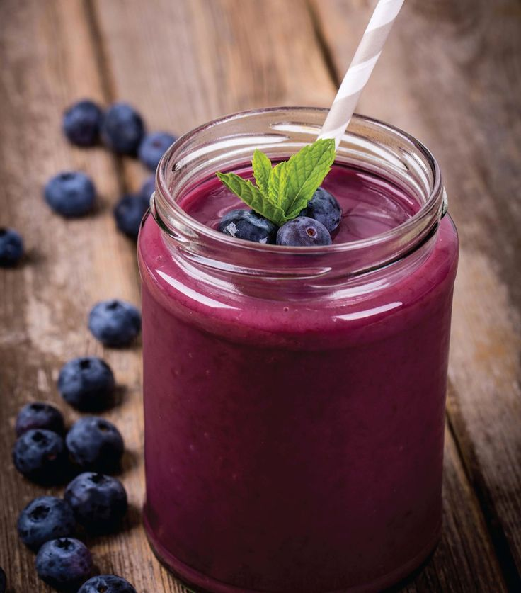 These recipes include ingredients like blueberries, watermelon, and cherries that may help fight inflammation and get you out the door for your next workout.