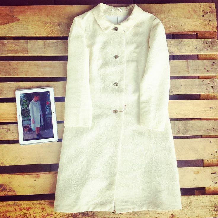 #Cappotto #vintage bon ton pezzo unico con #bottoni #gioiello dorati 40 euro!