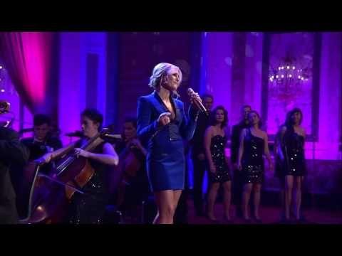Helene Fischer - Driving Home For Christmas (Live aus der Hofburg Wien) - YouTube