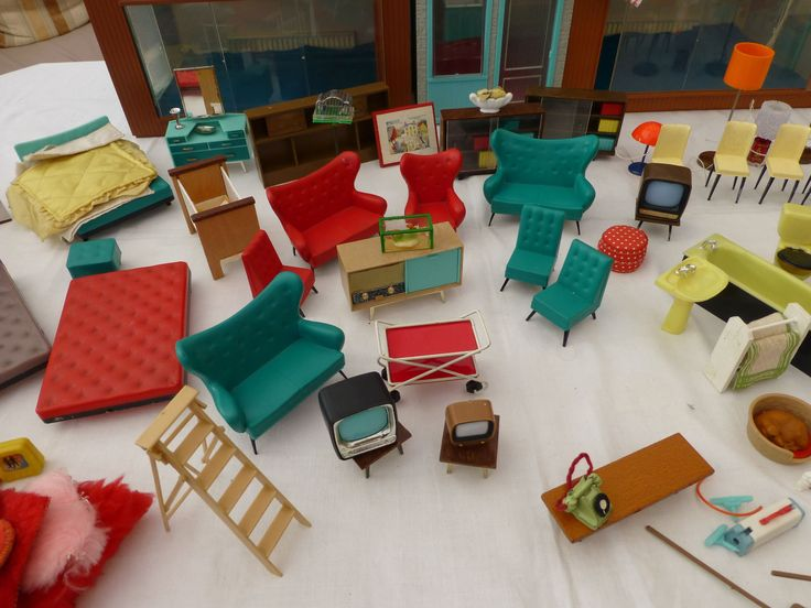 Jennys Home Vintage Dolls House, Dolls U0026 Tri Ang Furniture