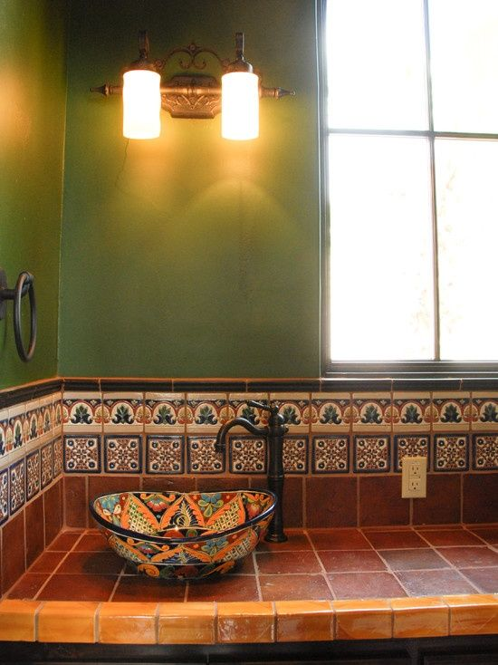 Southwestern style decorating ideas kitchen southwestern for Spanish style bathroom