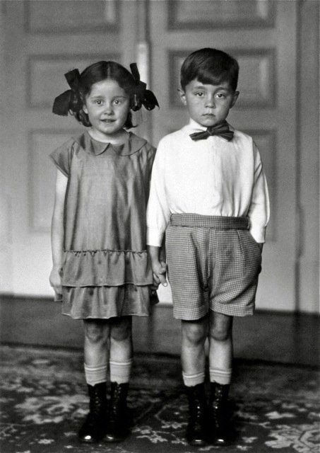 Photo: August Sander, 1925. Wonder if this influenced Diane Arbus and Stanley Kubrick? As it so happens, they were friends. KA