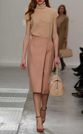 Agnona Fall/Winter 2016 Look 2 on Moda Operandi