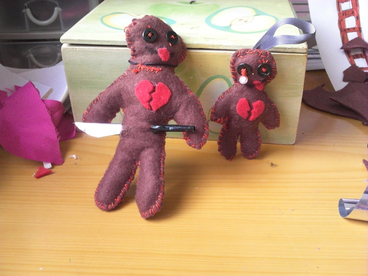 muñeco vudu con pañolenci