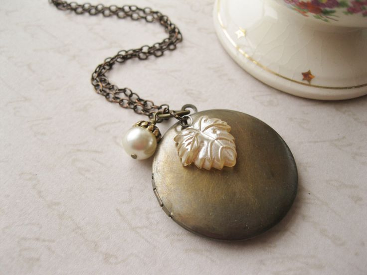 Woodland Picture Locket, Romantic Necklace, Antiqued Brass, Nature Wedding, Rustic Bridal Jewellery, Pearl Leaf Acorn, Ivory and Brown. by dellabellaBoutique on Etsy https://www.etsy.com/listing/200586333/woodland-picture-locket-romantic