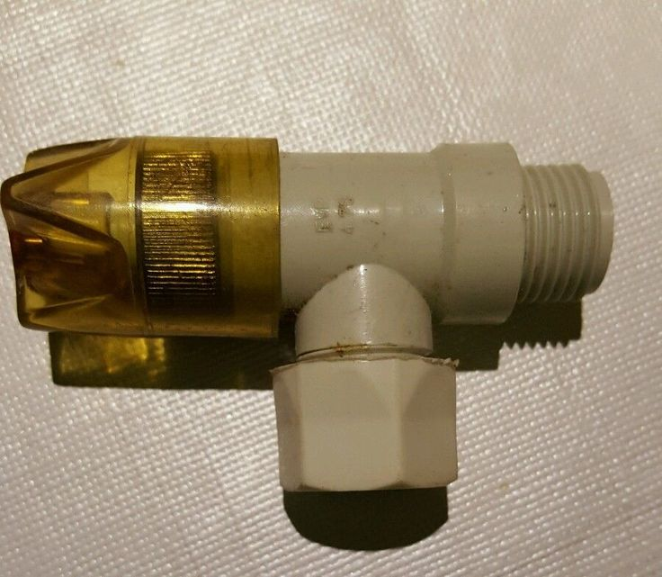 DDR-Eckventil aus Plaste