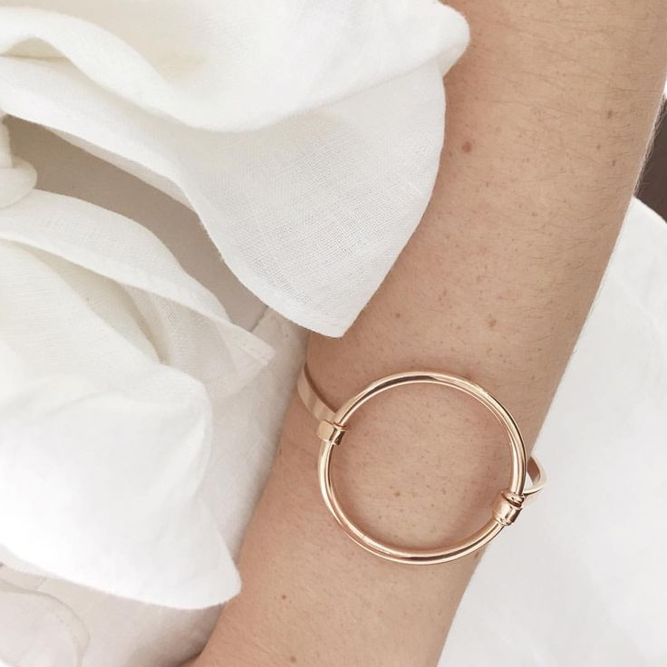 """45 Likes, 2 Comments - My Jewellery Shop OFFICIAL (@myjewelleryshop) on Instagram: """"A touch of rose... the new Pastiche 'Daybreak' polished bangle 🌹 We are just loving this simple…"""""""