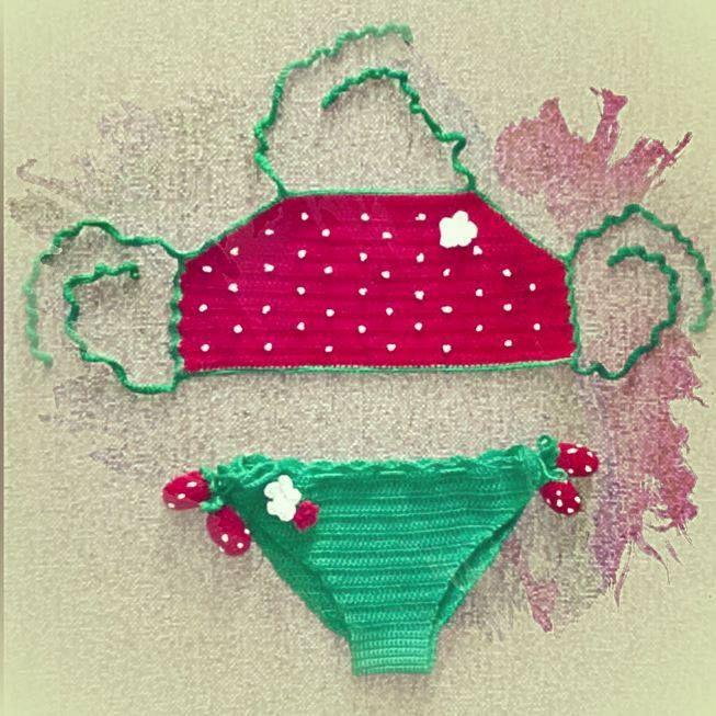 Crochet strawberry 🍓 kids bikini 👙  #handmade #crochet #kids #bikini #strawberry