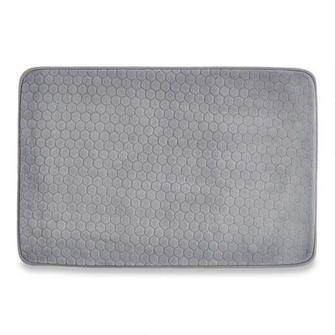 les 25 meilleures id es de la cat gorie tapis de bain en mousse sur pinterest tapis de douche. Black Bedroom Furniture Sets. Home Design Ideas