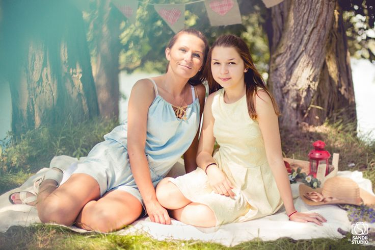 #family #sesjazdjęciowa #fotografía #zdjecia #women #girl #photography #photographer #session #portret # outdoorsession #sandiistudio #biskupice #sandradolata