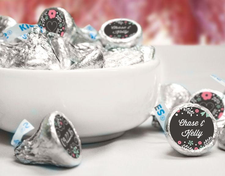 Adorable DIY chalkboard themed wedding favors - Add personalized stickers to the bottom of HERSHEY'S KISSES candy