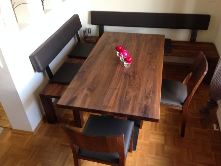 Amerikanischer Nussbaum Massiv, Eckbank, Tisch Und Stühle Mit Schwarzen  Lederpolstern