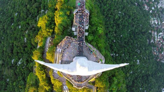 One social media platform takes getting a bird's-eye view to a whole new level.  Check out  Dronestagram,  a photo and video-sharing site where more than 30,000 users have uploaded stunning drone footage from some of the most scenic places around the world.  From an aerial view of Christ the Redeemer to a bird's-eye view from an actual bird, many of these photos will leave you wishing that you had wings of your own.  Let Yahoo Travel inspire you every day. Hang out with us on Facebook…