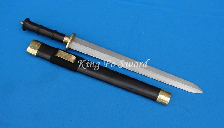 Short sword, double-edged