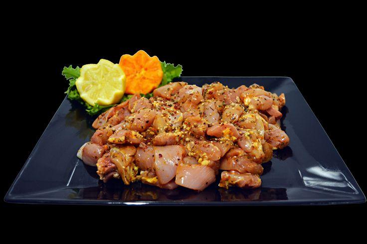 Pollo Marinado. Delicioso producto elaborado a base de carne de pollo a trozos, hierbas, especias y nuestro marinado casero especial. Muy recomendado. #polleriaselecta #polleria #polleriaadomicilio #servicioadomicilio #delivero #pollo #polloecologico #calidad #mercadotradicional #lapolleriademiguel
