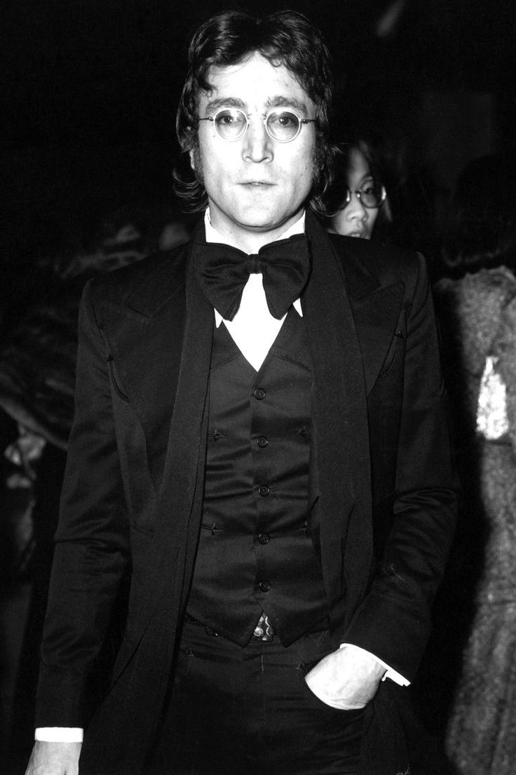 John Lennon Birthday - John Lennon Pictures