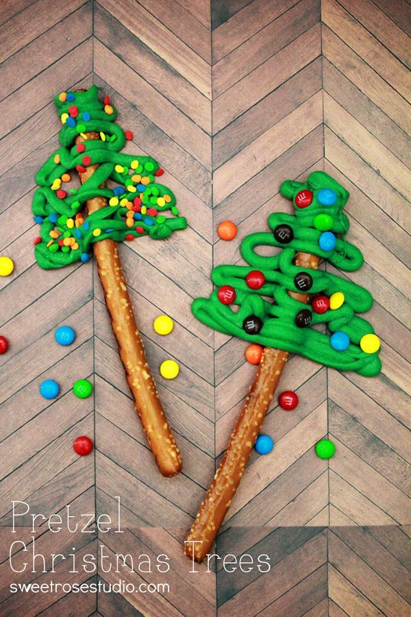 Pretzel Christmas Trees by @Katie Schmeltzer {Sweet Rose Studio} on iheartnaptime.net ...so cute and easy! #Christmas #recipes