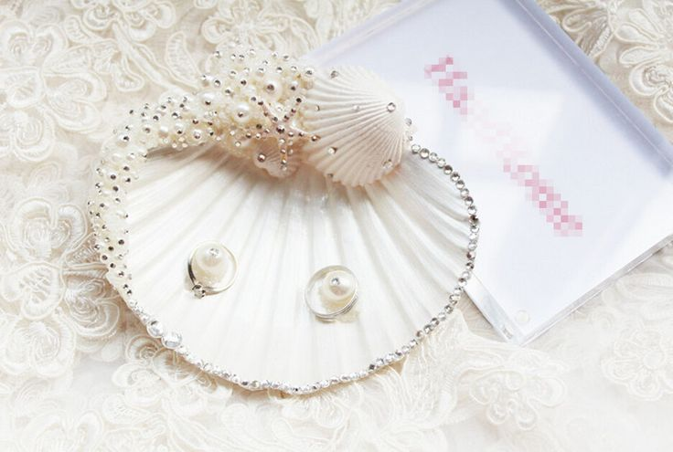 New arrival Free Shipping 11cm  Unique Sweet Romantic Handmade Wedding Ring Pillow Candy Shell Pearl Rhinestone Jewelry Tray