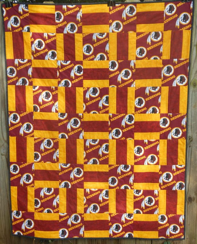 Quilt Patterns For Sports : Best 25+ Football quilt ideas on Pinterest Sports quilts, Quilting ideas and Quilting