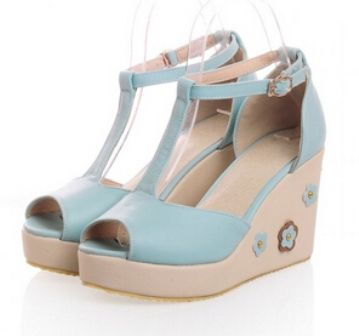 Kode : AWF-311, Nama : Wedges Mary Jane Aksesoris Bunga Soft Blue, Price : IDR 175