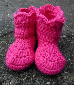 LINDEVROUWSWEB: Gehaakte Baby Boots, #haken, gratis patroon, baby slofjes, schoentjes, #crochet, free pattern (Dutch), baby boots