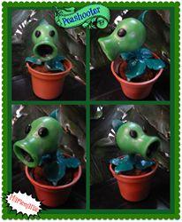 Disparaguisantes o Peashooter de Plantas vs Zombies :)