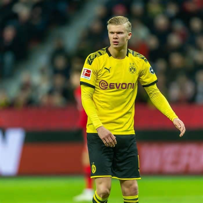 Erling Haaland Says Manchester United Transfer Collapse Rumours Comical Get The Latest News For Manchesterunited Inside Pinterest On This Board Dont Forge Em 2020