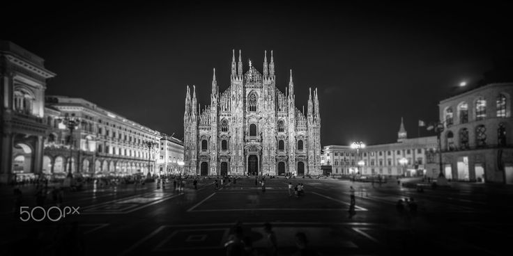 Piazza del Duomo (Mailand) by Karl Eckerle on 500px