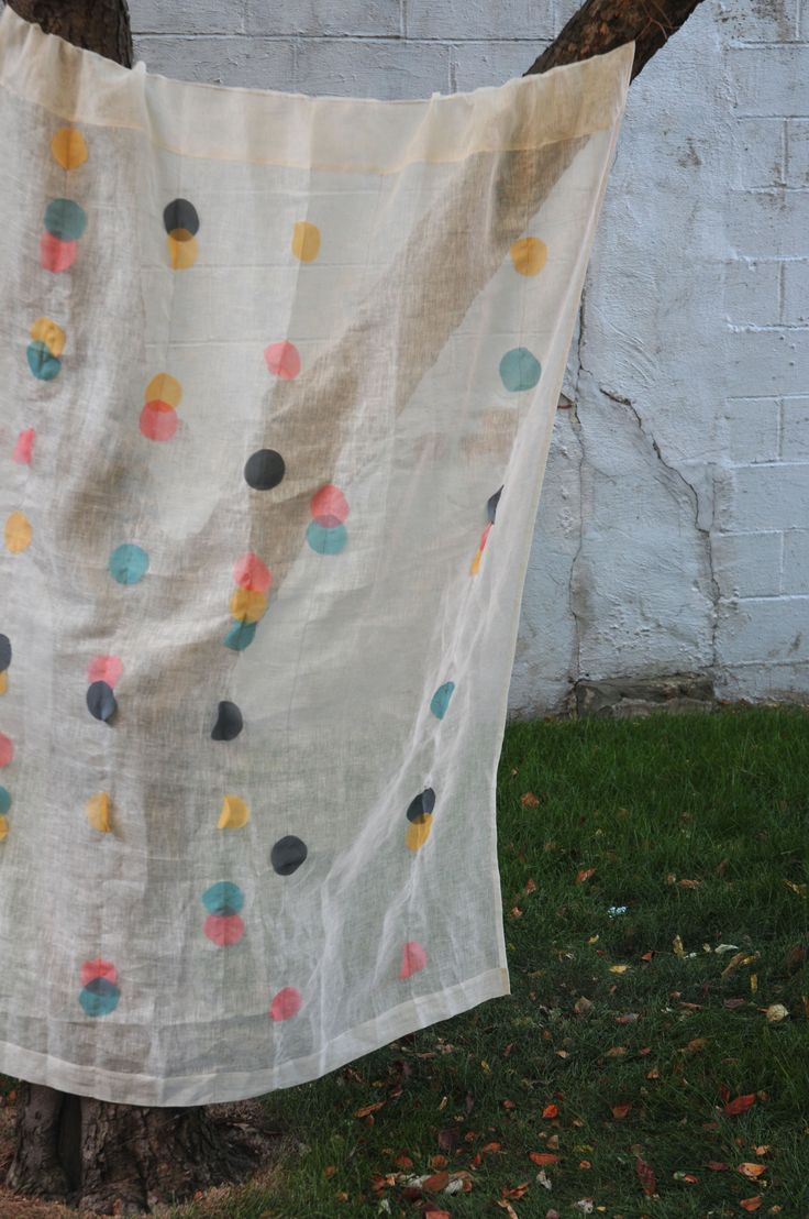 Polka Dot Curtain by @Kayte Terry from her book Applique Your Way. Pic: Jen Causey