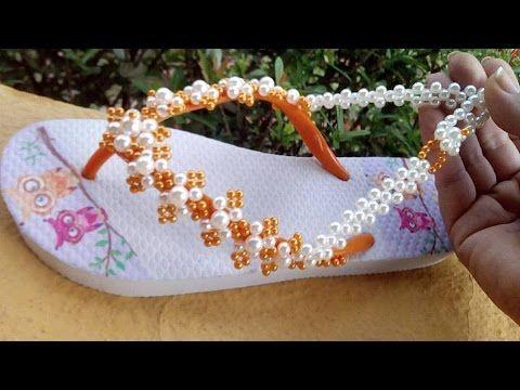 Sandália customizada com perolas e uma Injeção na alma! Por Maguida Silva
