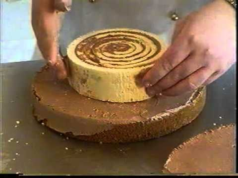torta szelet - this is a very long fantastic video  i couldnt stop watching this man and his craft