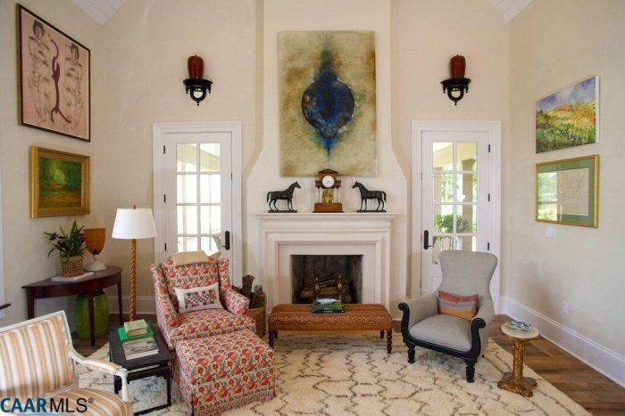 1000 images about living room on pinterest southern ladies the sunflower and living rooms. Black Bedroom Furniture Sets. Home Design Ideas