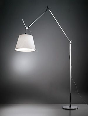 Tolomeo mega – white minimalistic floor lamp in huge dimensions | lighting . Beleuchtung . luminaires | Design: Artemide |