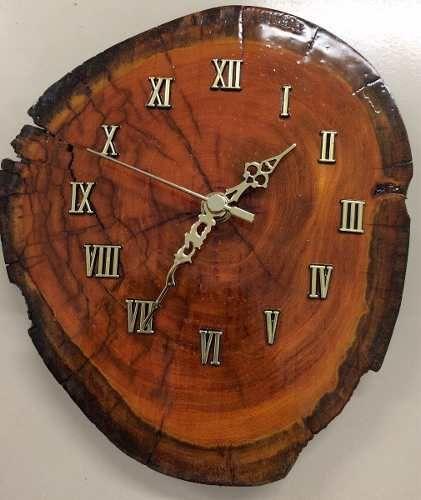 Relógio Artesanal em Madeira, com embalagem revestida com tecido - R$ 99,00 no Mercado Livre