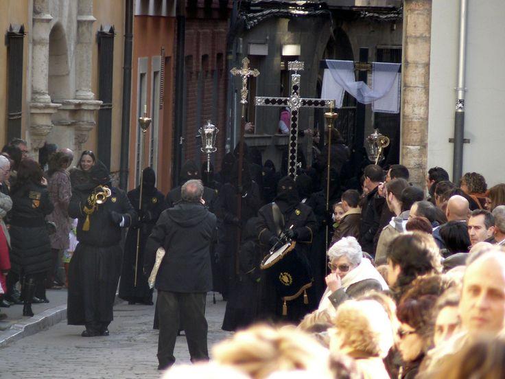EntierroLeón - Semana Santa en León - Wikipedia, la enciclopedia libre